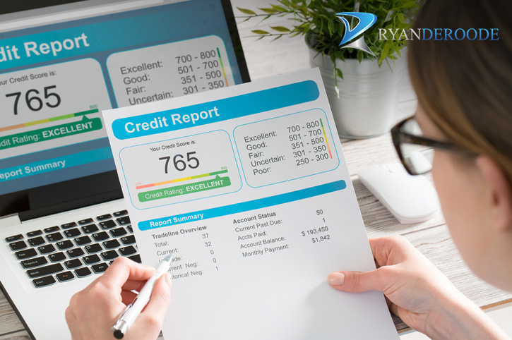 Managing a Credit Score to Buy a House